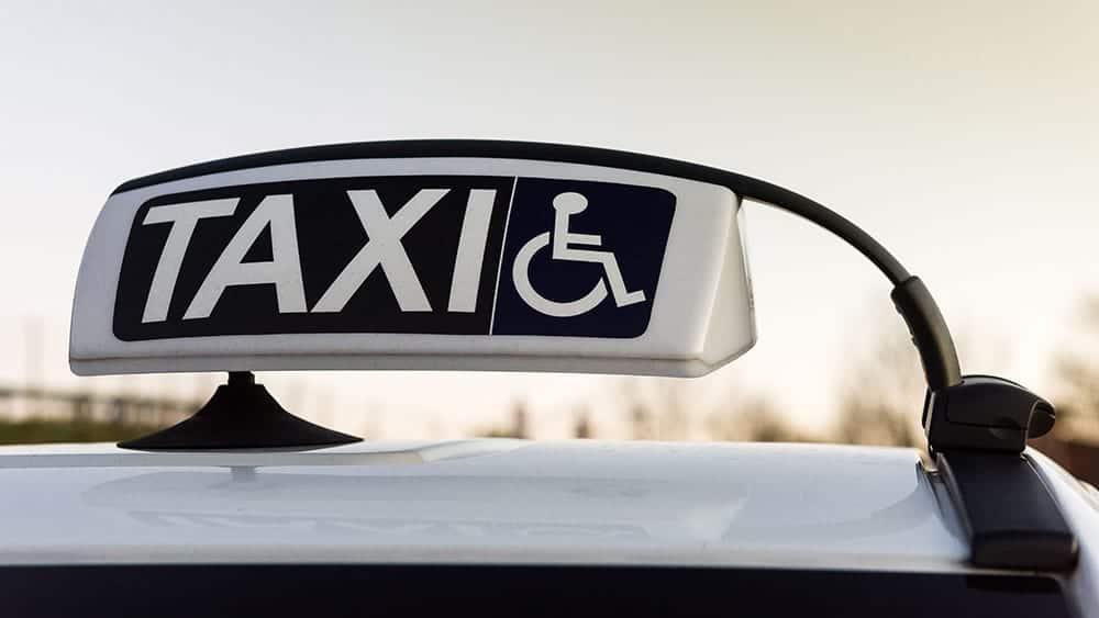 Wheelchair-Accessible-Taxi