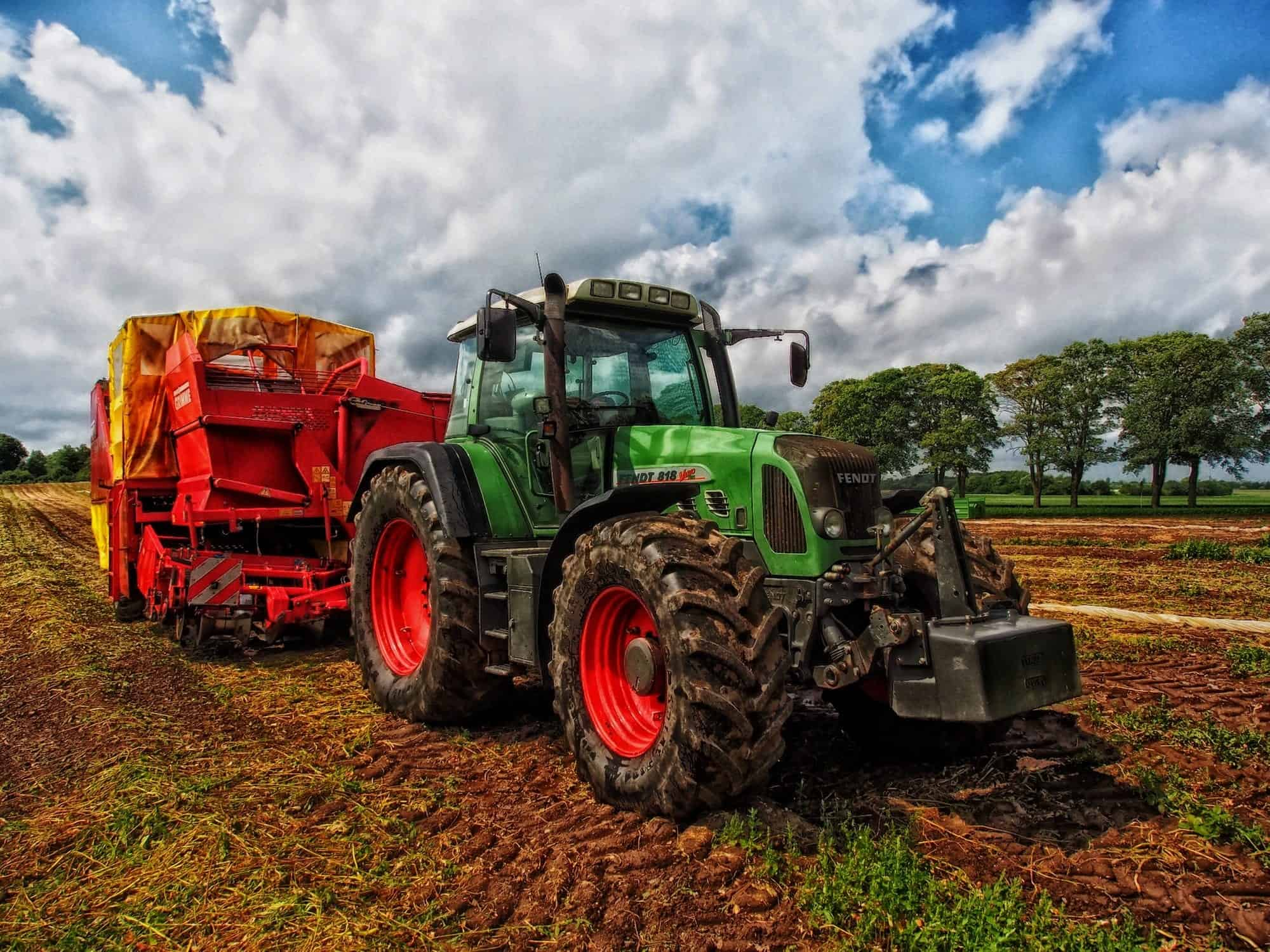 do tractors need road tax